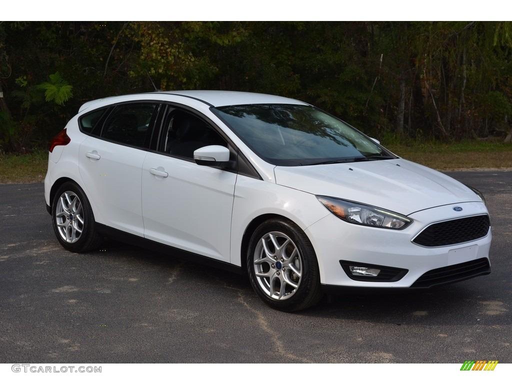 2015 oxford white ford focus se hatchback 116944642 photo 12 car color galleries. Black Bedroom Furniture Sets. Home Design Ideas