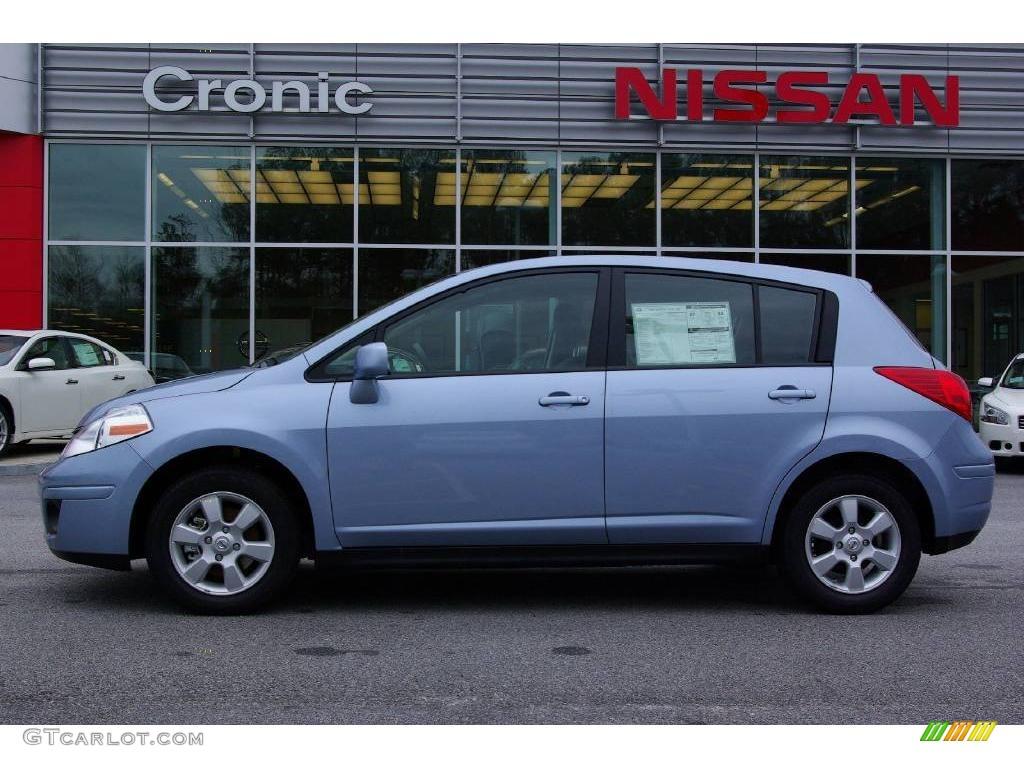 2009 arctic blue nissan versa 1 8 sl hatchback 11668845 car color galleries. Black Bedroom Furniture Sets. Home Design Ideas