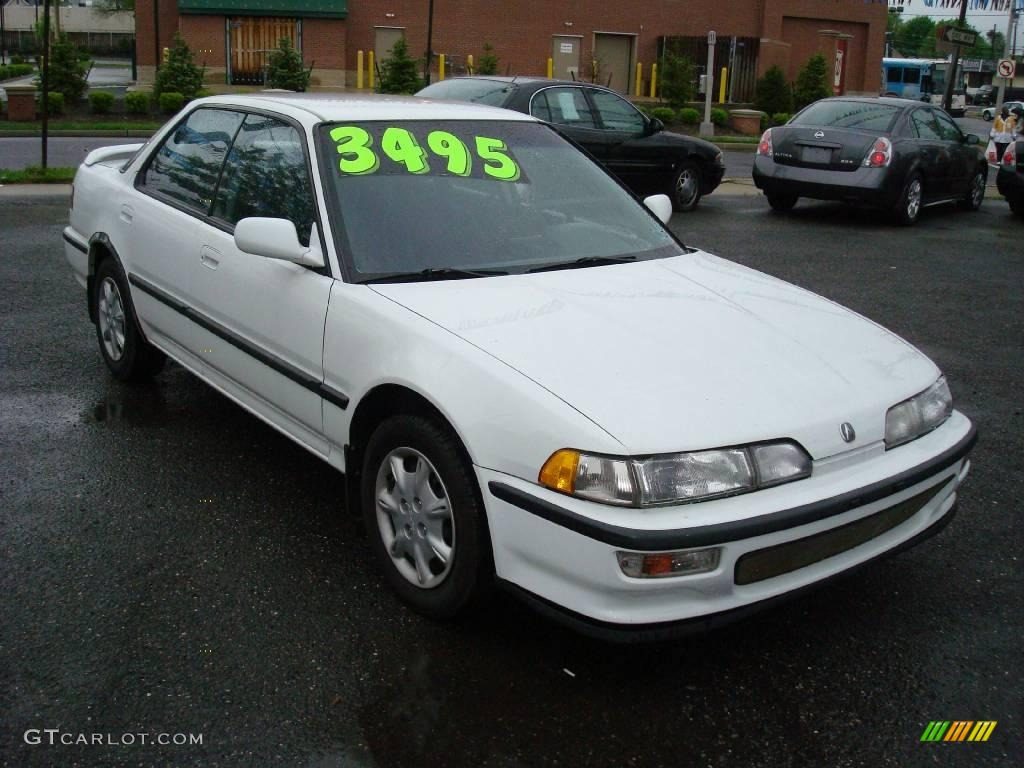 1993 Frost White Acura Integra LS Sedan 11667539 Photo 3