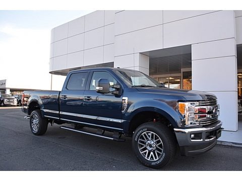 2017 ford f350 super duty lariat crew cab 4x4 data info and specs. Black Bedroom Furniture Sets. Home Design Ideas