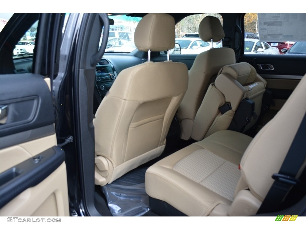 2017 Ford Explorer FWD Rear Seat Photo #117369397