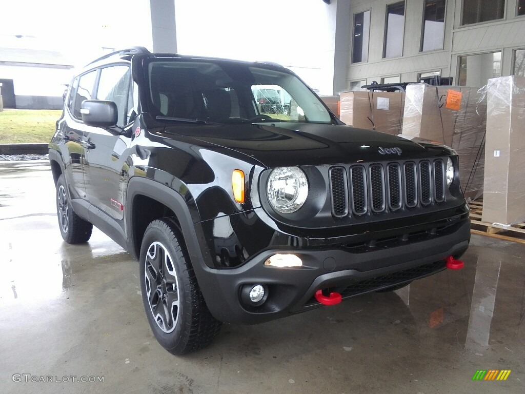 2017 black jeep renegade trailhawk 4x4 117391329 photo 4 car color galleries. Black Bedroom Furniture Sets. Home Design Ideas