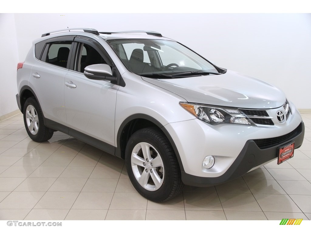 2013 classic silver metallic toyota rav4 xle awd 117412301 photo 17 car color. Black Bedroom Furniture Sets. Home Design Ideas