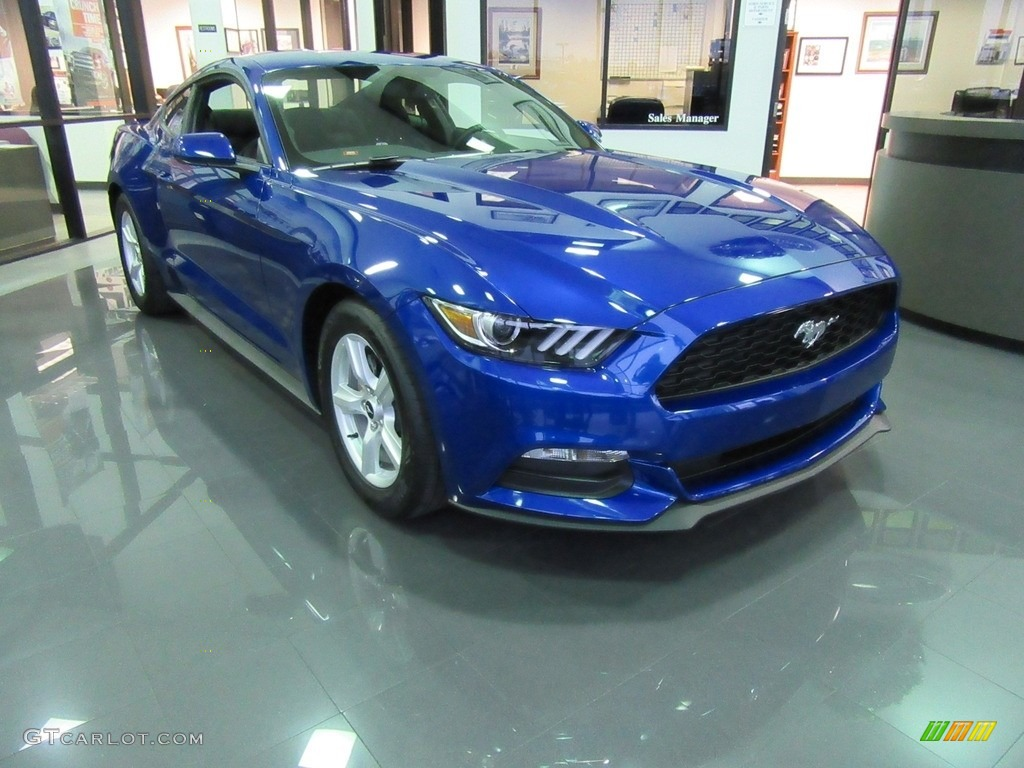 2017 Lightning Blue Ford Mustang V6 Coupe #117434778 Photo #2 | GTCarLot.com - Car Color Galleries