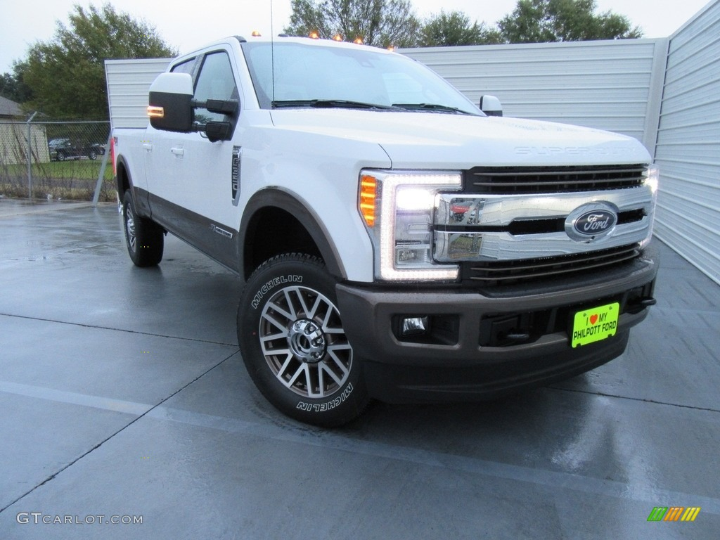 Oxford White Ford F350 Super Duty King Ranch