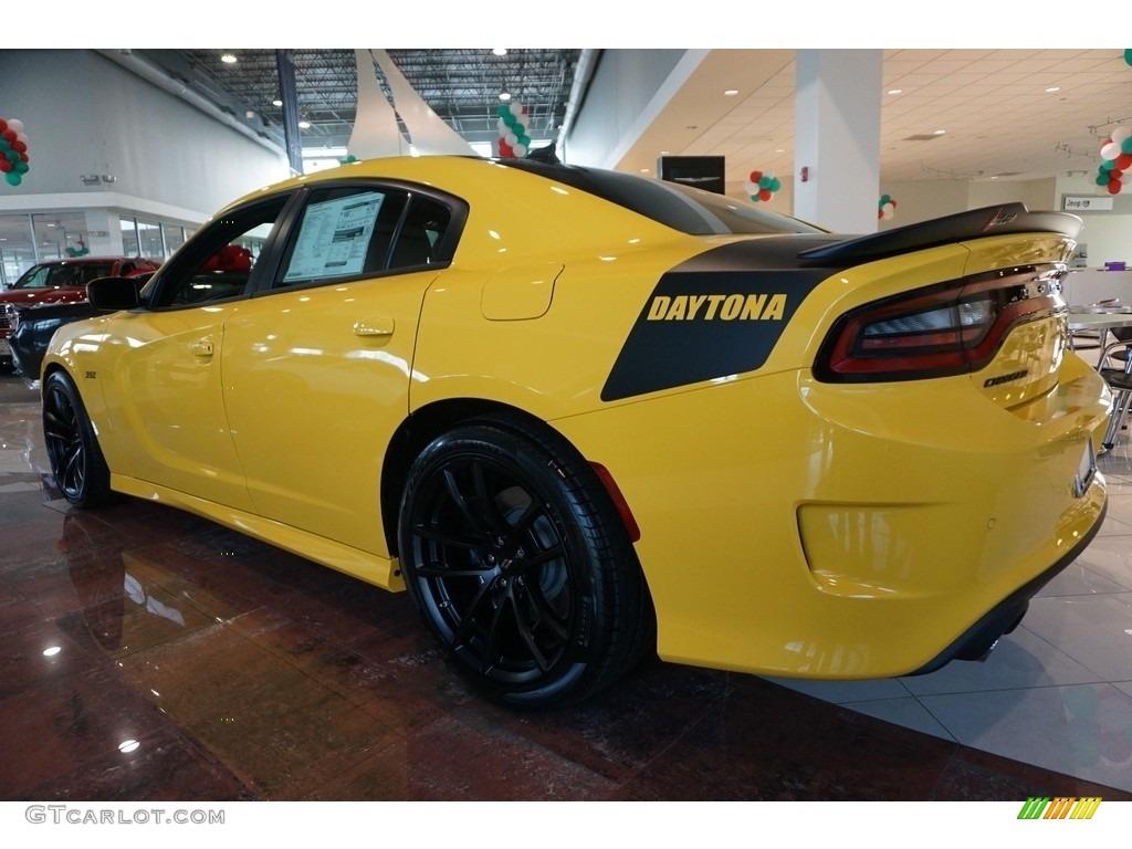 2017 yellow jacket dodge charger daytona 392 117593131 photo 2 car color. Black Bedroom Furniture Sets. Home Design Ideas