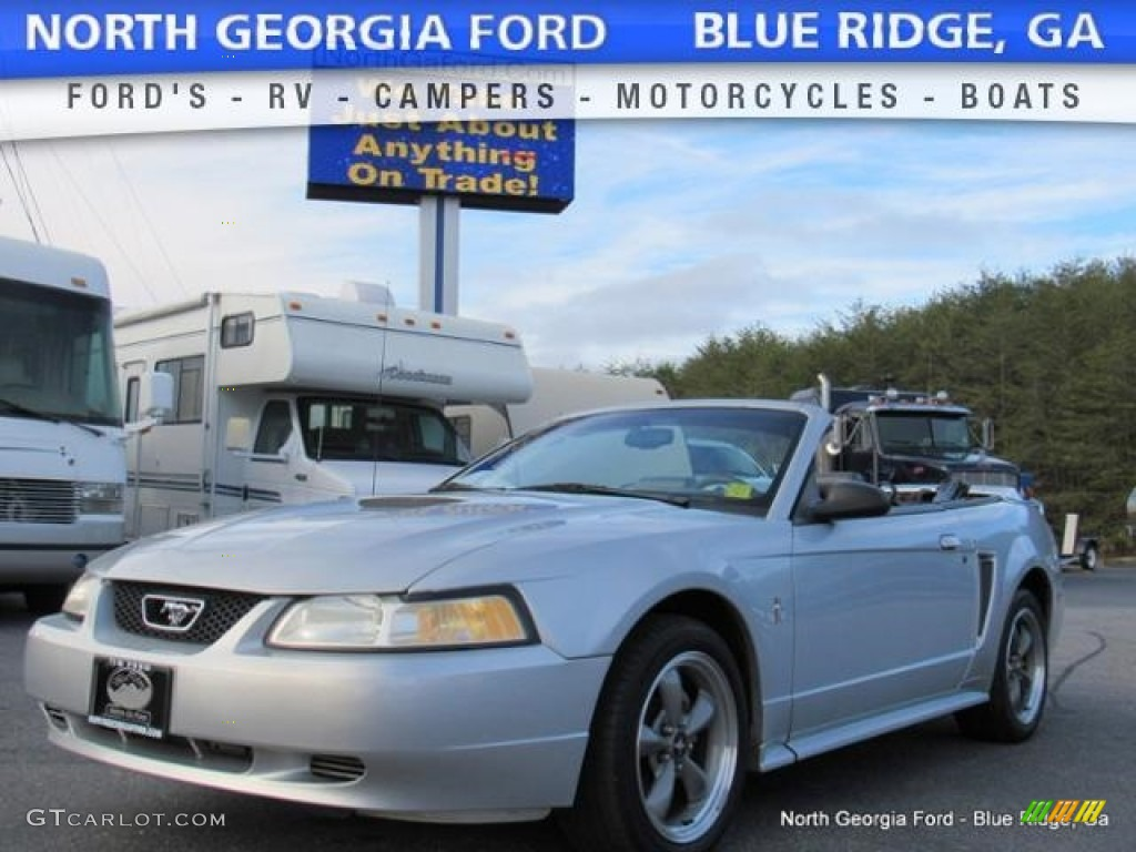 2000 Mustang V6 Convertible - Silver Metallic / Dark Charcoal photo #1
