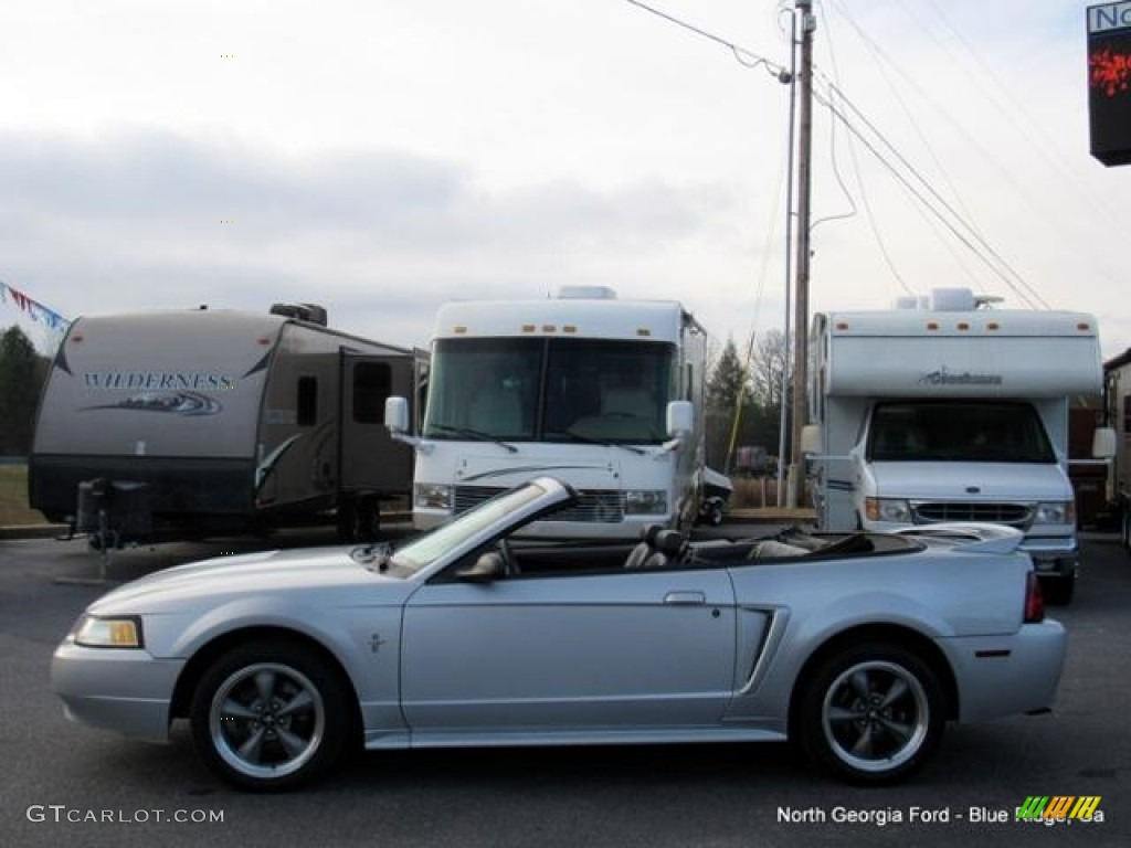 2000 Mustang V6 Convertible - Silver Metallic / Dark Charcoal photo #2