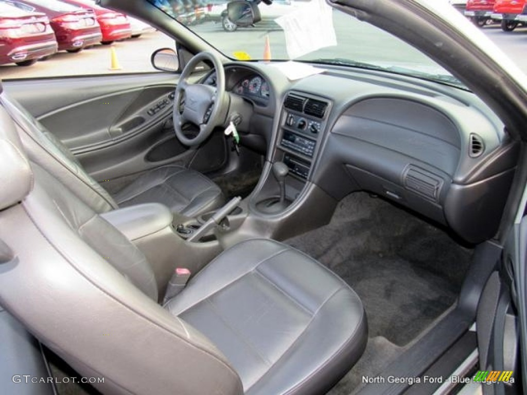 2000 Mustang V6 Convertible - Silver Metallic / Dark Charcoal photo #13