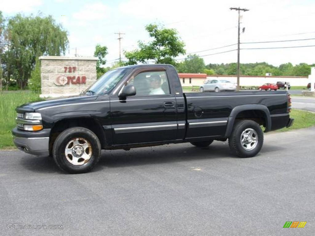 2000 Silverado 1500 Regular Cab 4x4 - Onyx Black / Medium Gray photo #1