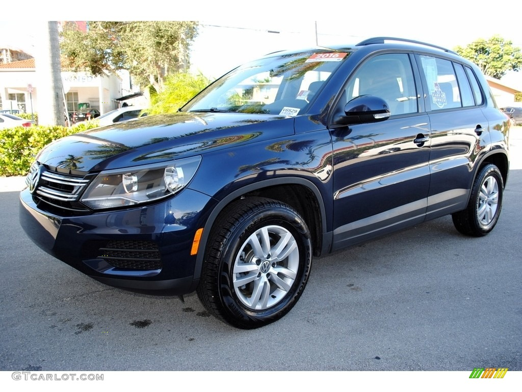 2016 night blue metallic volkswagen tiguan s 117841757. Black Bedroom Furniture Sets. Home Design Ideas