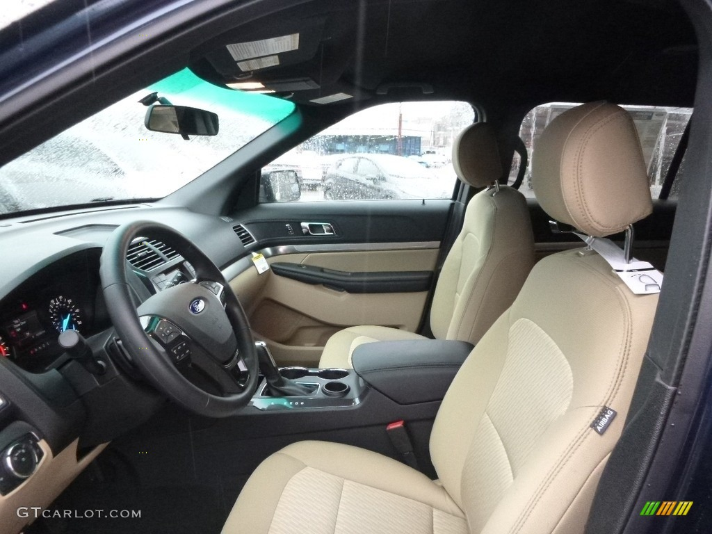2017 Ford Explorer FWD Front Seat Photos