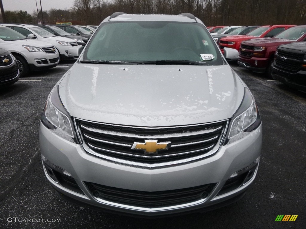 2017 silver ice metallic chevrolet traverse lt awd 117937093 photo 2 car for Chevy traverse interior colors