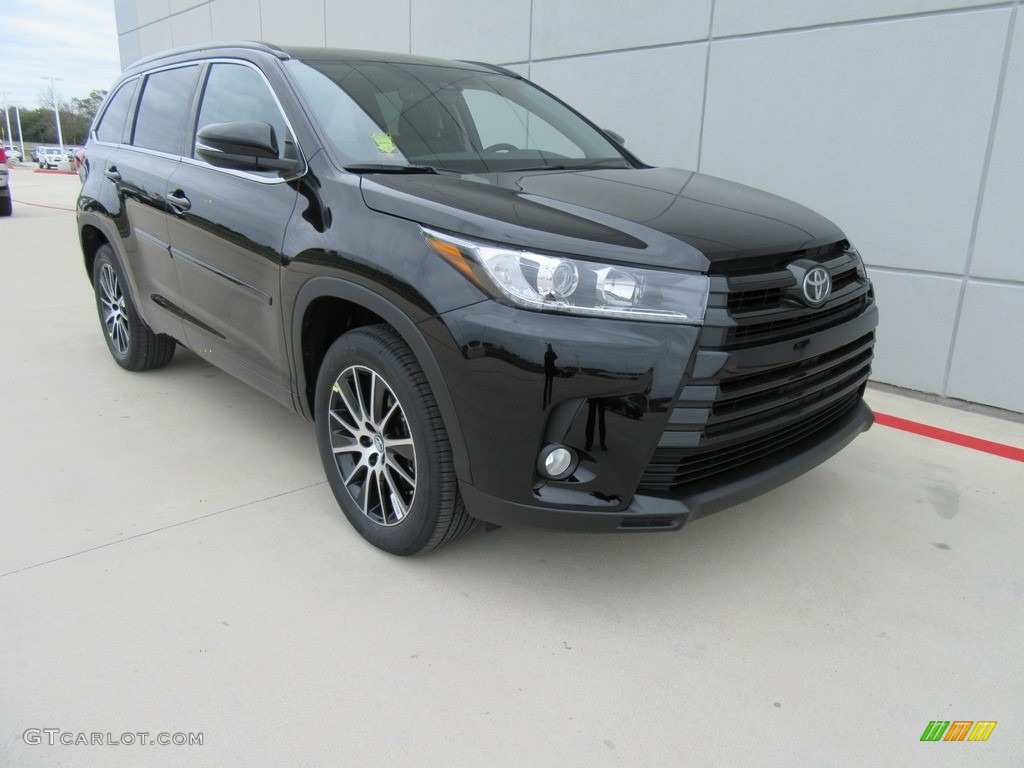 2017 midnight black metallic toyota highlander se 117987334 car color galleries. Black Bedroom Furniture Sets. Home Design Ideas