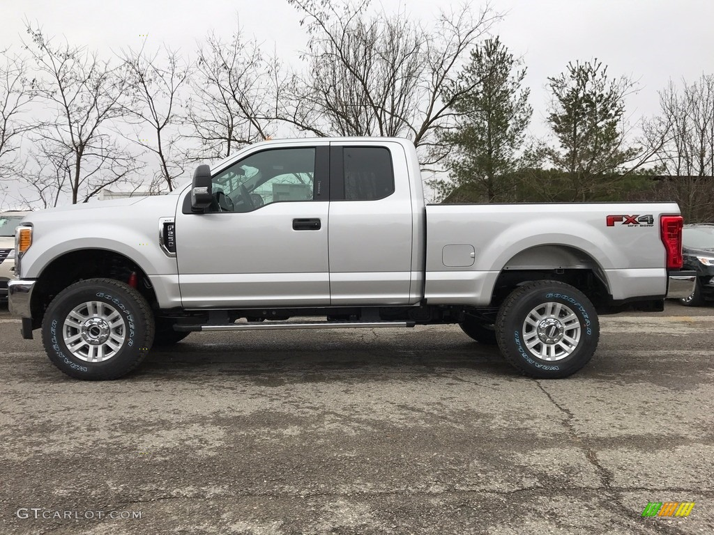 2017 F250 Super Duty Xlt Supercab 4x4 Ingot Silver Medium Earth Gray Photo