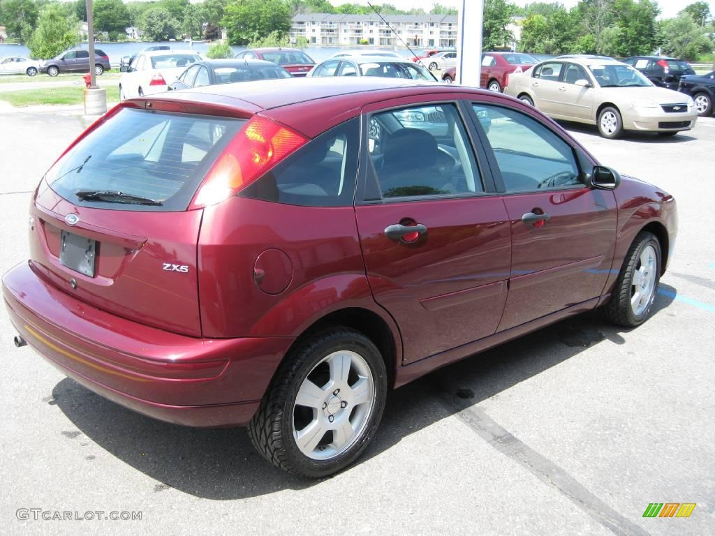 2006 dark toreador red metallic ford focus zx5 ses. Black Bedroom Furniture Sets. Home Design Ideas