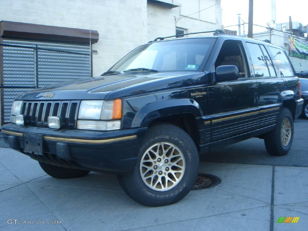 Good 1994 Grand Cherokee Limited 4x4   Black / Gray Photo #1