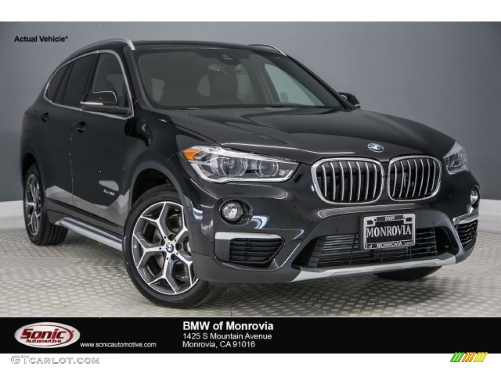 2017 black sapphire metallic bmw x1 xdrive28i 118434743. Black Bedroom Furniture Sets. Home Design Ideas