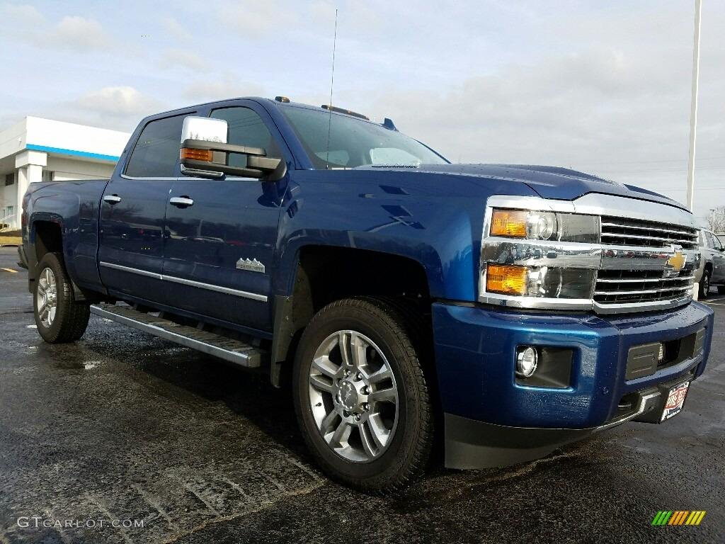 2017 deep ocean blue metallic chevrolet silverado 2500hd high country crew cab 4x4 118565878. Black Bedroom Furniture Sets. Home Design Ideas