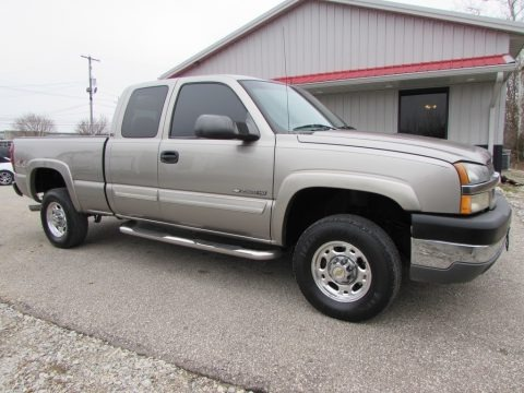 2003 Chevrolet Silverado 2500HD LT Extended Cab 4x4 Data, Info and Specs
