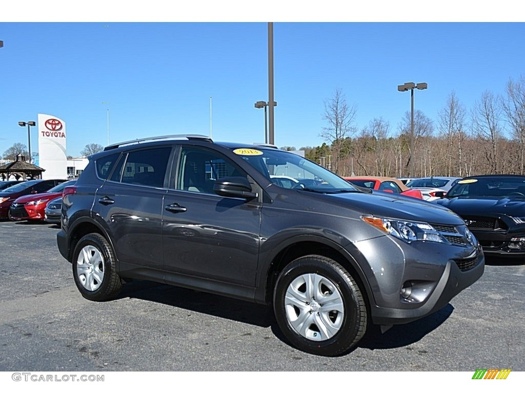 2013 magnetic gray metallic toyota rav4 le awd 118732151. Black Bedroom Furniture Sets. Home Design Ideas