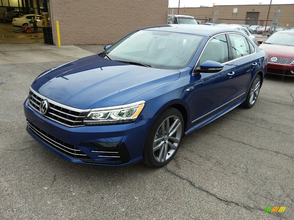 2017 reef blue metallic volkswagen passat r line sedan 118826657 car color. Black Bedroom Furniture Sets. Home Design Ideas