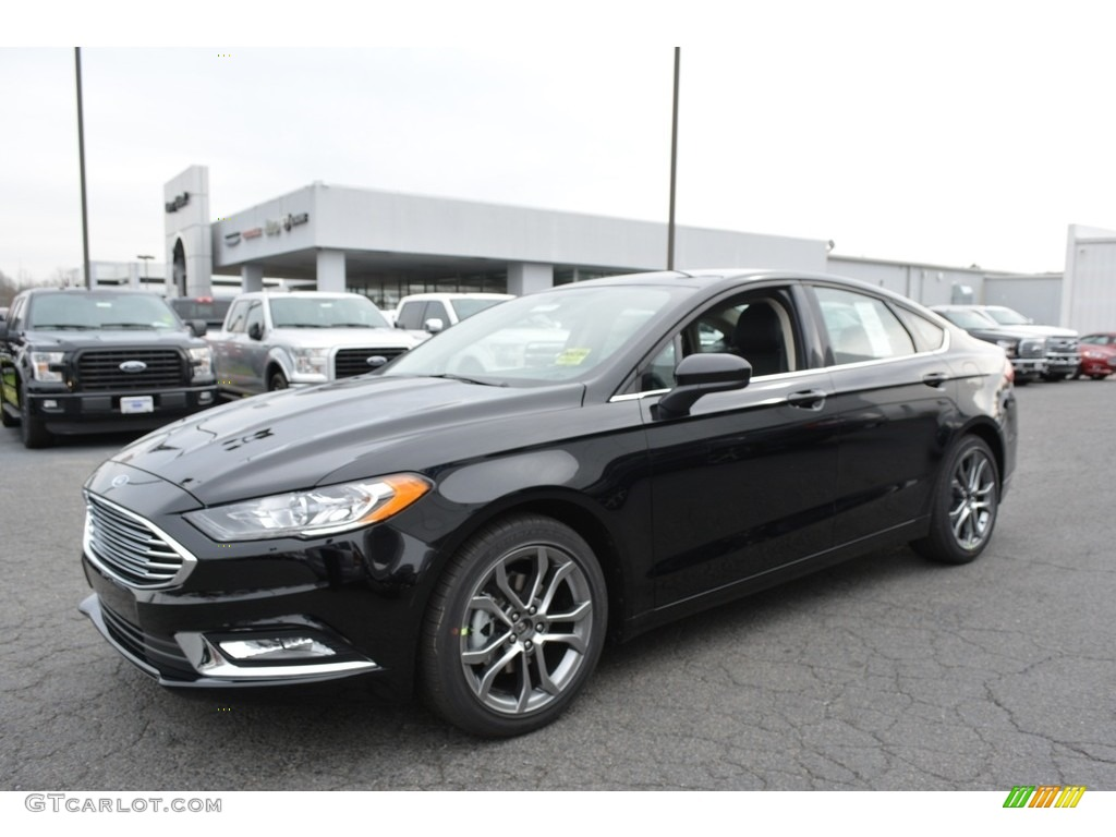 2017 Fusion SE - Shadow Black / Ebony photo #3