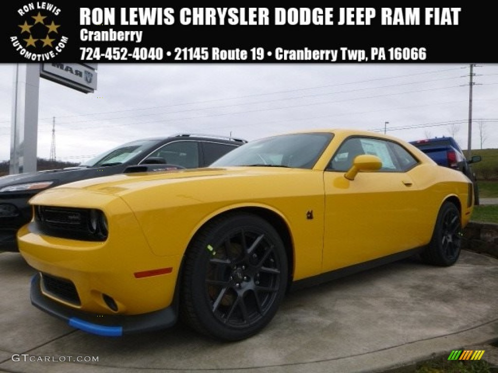 2017 yellowjacket dodge challenger r t scat pack 118949623 car color galleries. Black Bedroom Furniture Sets. Home Design Ideas