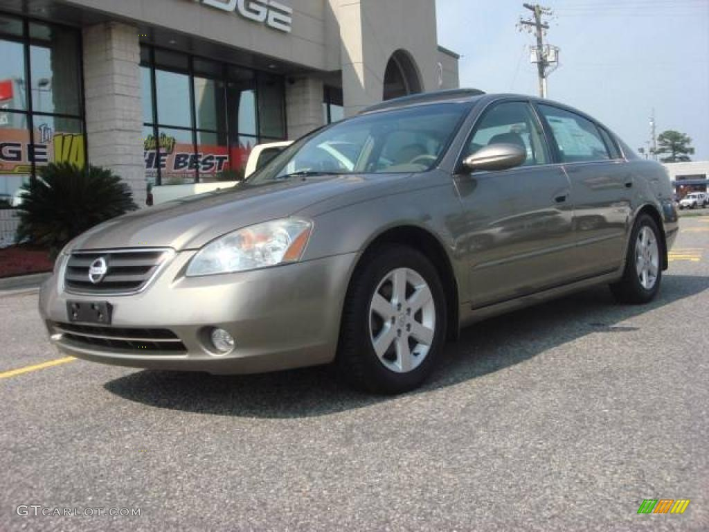 Polished Pewter Metallic Nissan Altima. Nissan Altima 2.5 SL