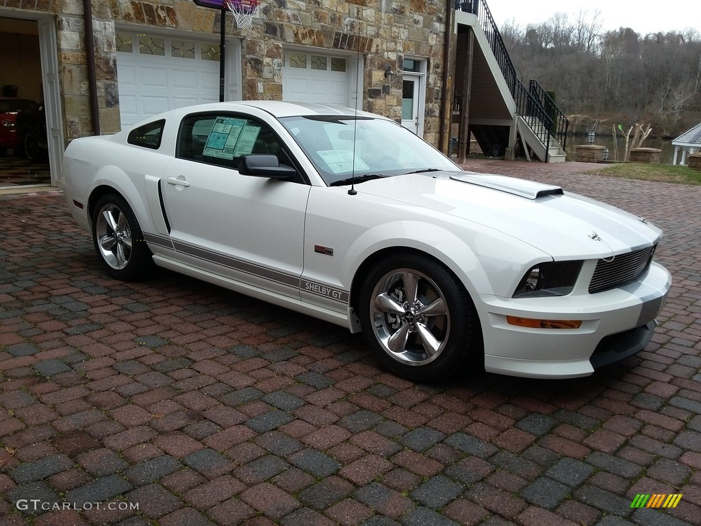 2007 Mustang Shelby GT Coupe - Performance White / Dark Charcoal photo #3