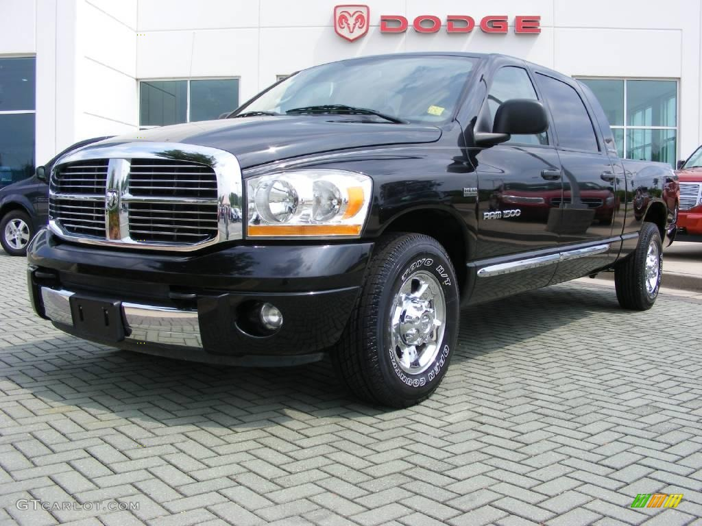 2006 Ram 1500 Laramie Mega Cab - Brilliant Black Crystal Pearl / Medium Slate Gray photo #1