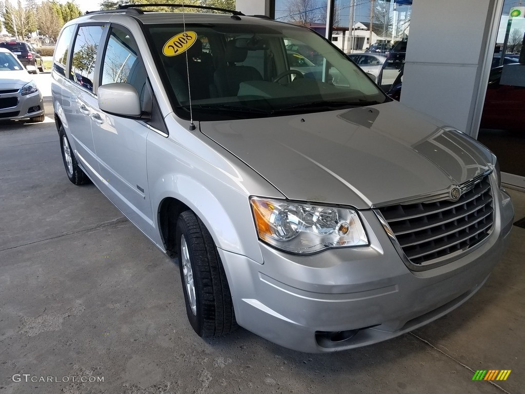 2008 bright silver metallic chrysler town country touring 119227608 car. Black Bedroom Furniture Sets. Home Design Ideas