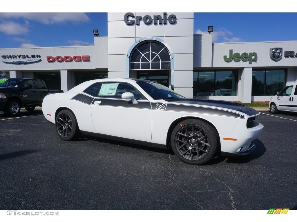 2017 White Knuckle Dodge Challenger R/T #119263653 Photo ...
