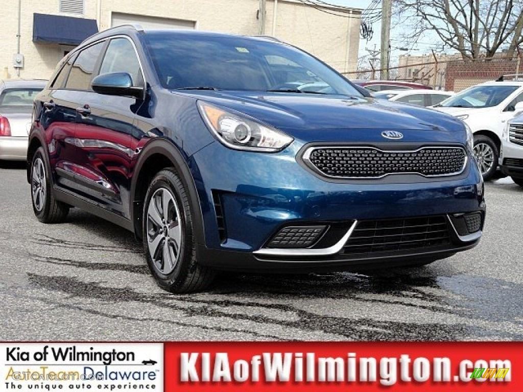 2017 deep cerulean blue kia niro lx hybrid 119354848 car color galleries. Black Bedroom Furniture Sets. Home Design Ideas