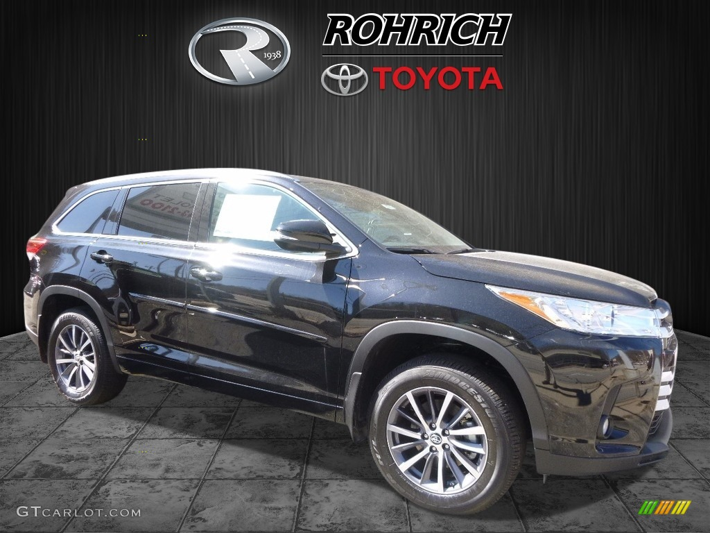 2017 midnight black metallic toyota highlander xle awd 119526192 car color. Black Bedroom Furniture Sets. Home Design Ideas