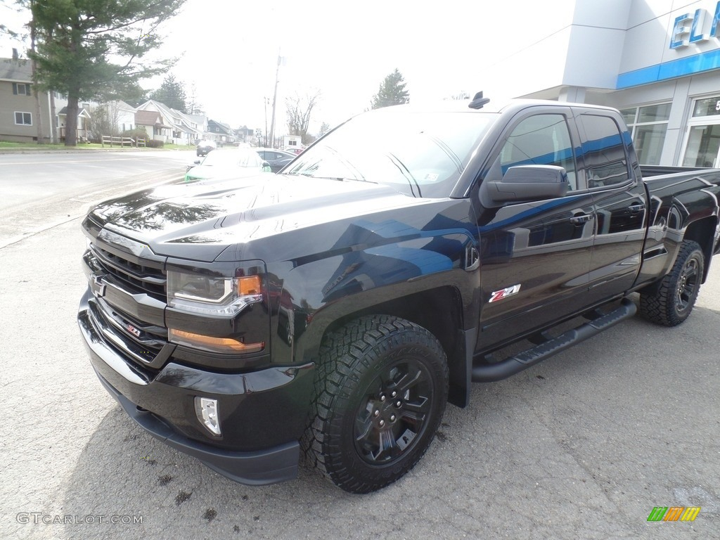 2017 black chevrolet silverado 1500 lt double cab 4x4 119771621 car color. Black Bedroom Furniture Sets. Home Design Ideas