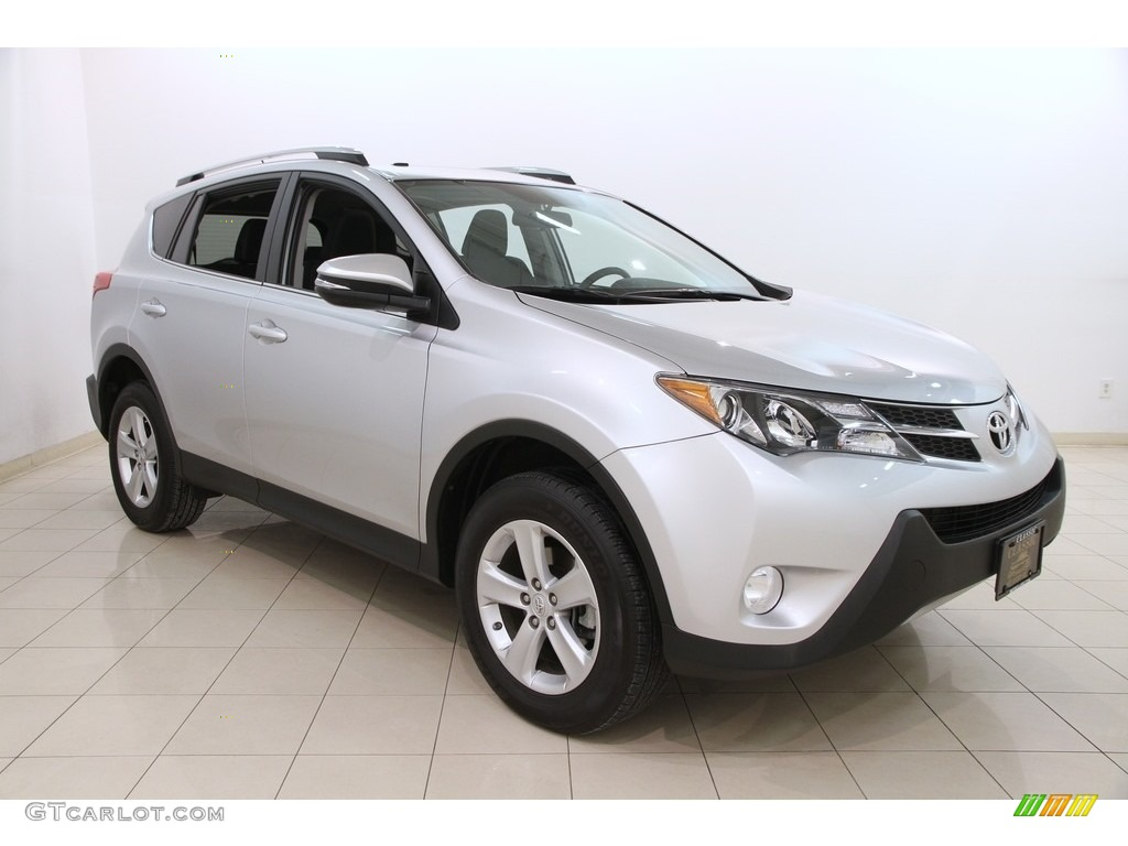 2014 classic silver metallic toyota rav4 xle awd 119883916 photo 7 car color. Black Bedroom Furniture Sets. Home Design Ideas