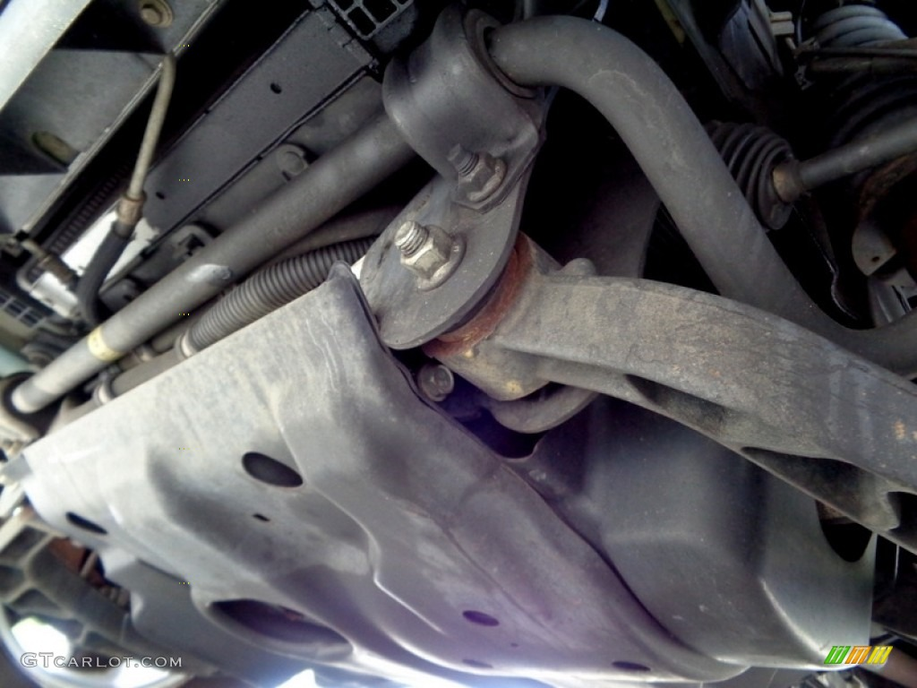 2006 Jeep Liberty Undercarriage