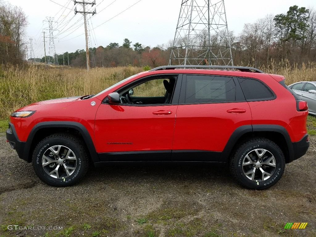 2017 Firecracker Red Jeep Cherokee Trailhawk 4x4