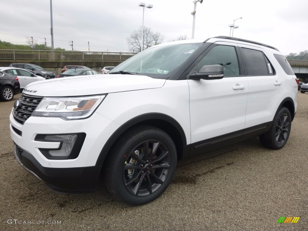 Oxford White 2017 Ford Explorer XLT 4WD Exterior Photo #120043365