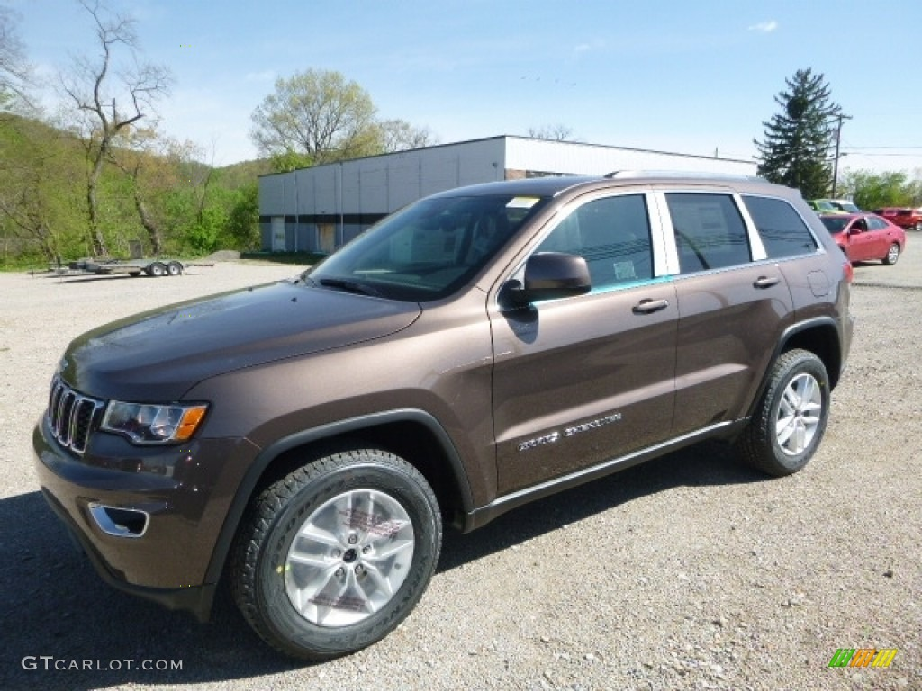 Jeep Grand Cherokee White 2017 >> 2017 Walnut Brown Metallic Jeep Grand Cherokee Laredo 4x4 #120155351 Photo #20 | GTCarLot.com ...