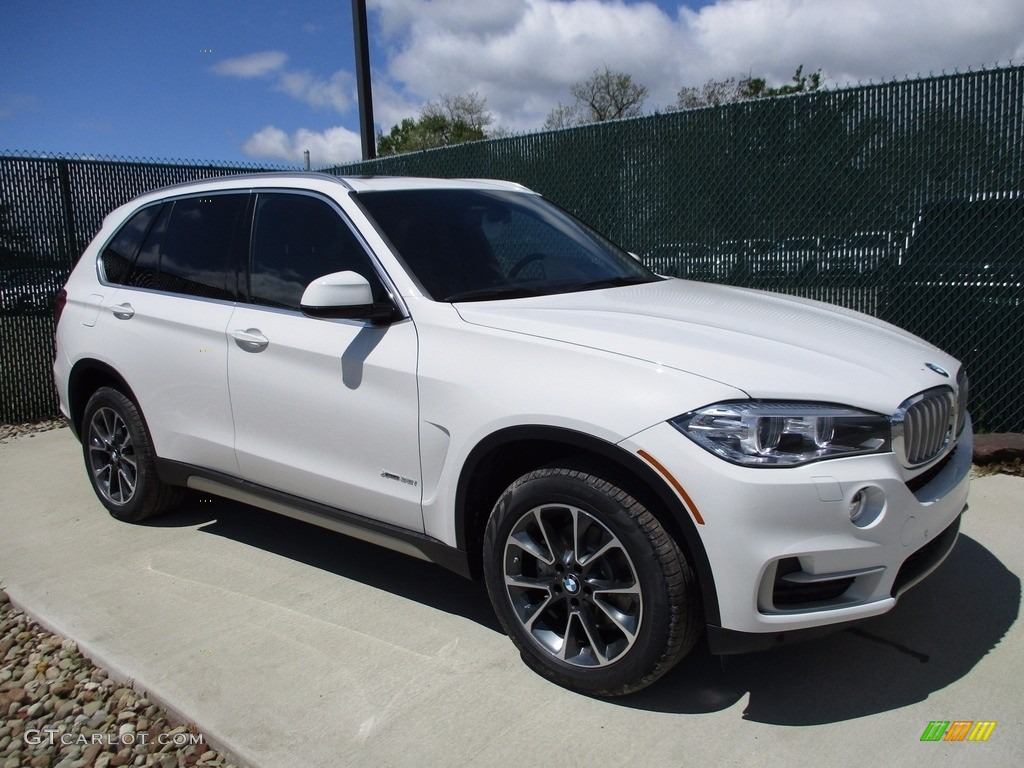 2017 alpine white bmw x5 xdrive35i 120240911 photo 15 car color galleries. Black Bedroom Furniture Sets. Home Design Ideas