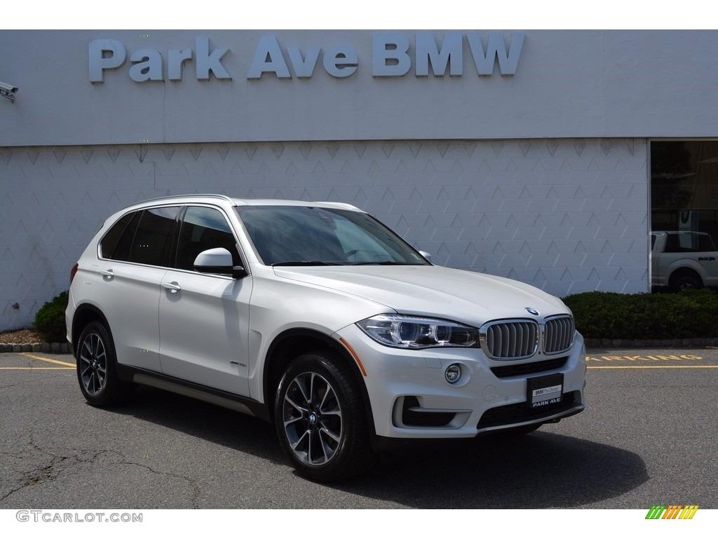 2017 Mineral White Metallic BMW X5 XDrive35i 120264266