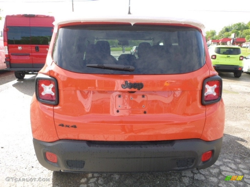 2017 Renegade Altitude 4x4 - Omaha Orange / Black photo #5