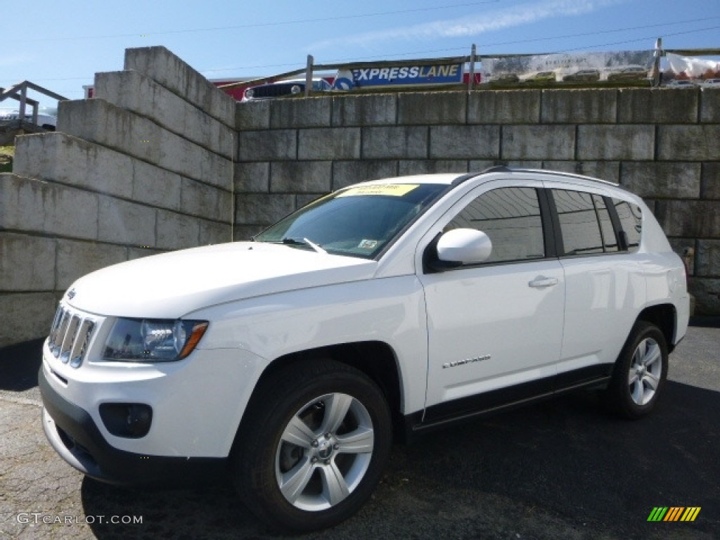 2014 bright white jeep compass latitude 4x4 120350502 photo 7 car color galleries. Black Bedroom Furniture Sets. Home Design Ideas