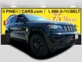 Diamond Black Crystal Pearl 2017 Jeep Grand Cherokee Laredo 4x4