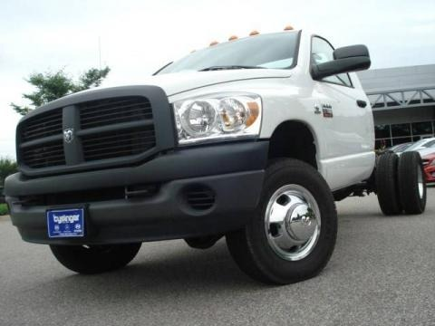 2007 Dodge Ram 3500 ST Regular Cab 4x4 Dually Chassis Data, Info and Specs