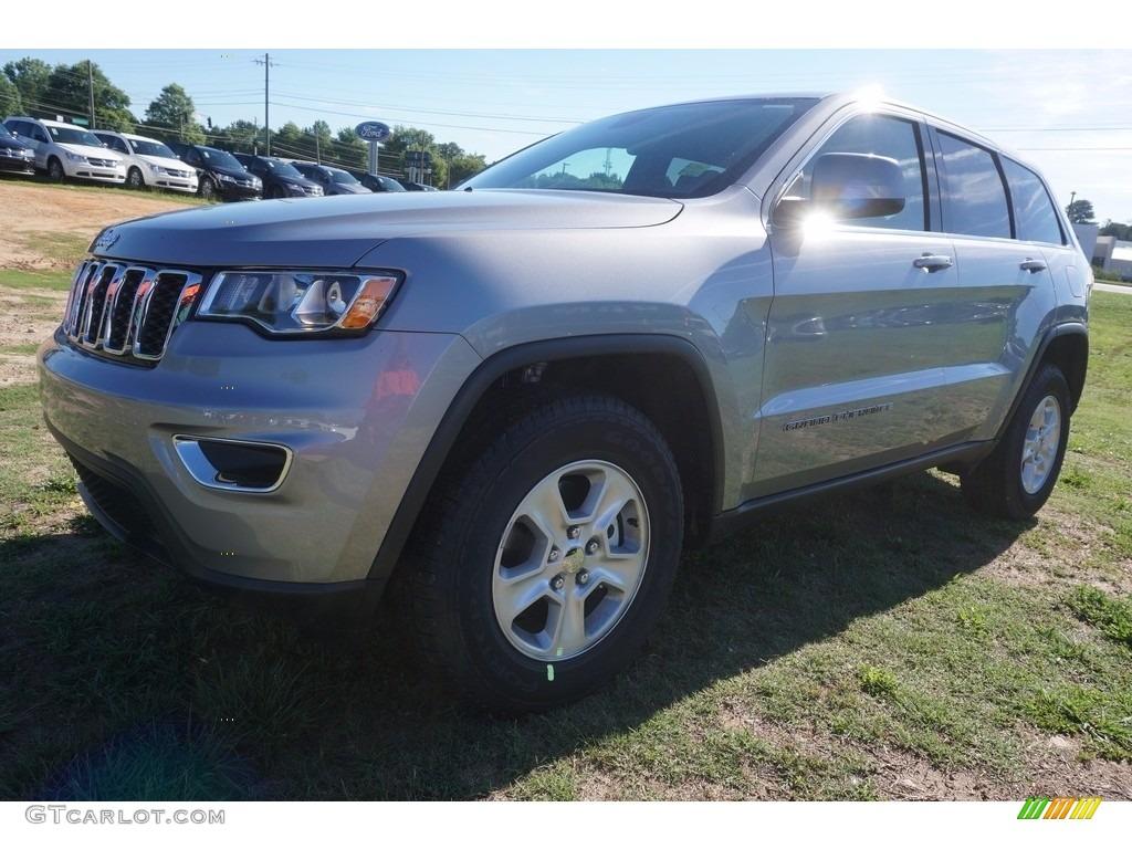 2017 Grand Cherokee Laredo - Billet Silver Metallic / Black photo #1