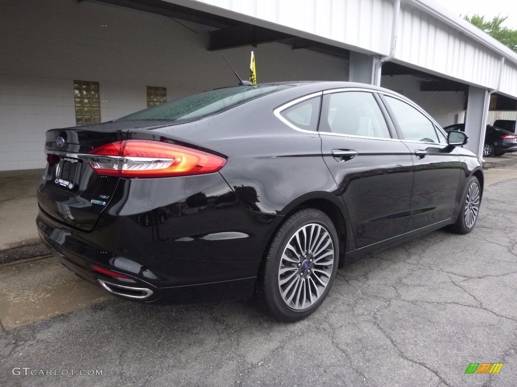 2017 Fusion SE AWD - Shadow Black / Ebony photo #2