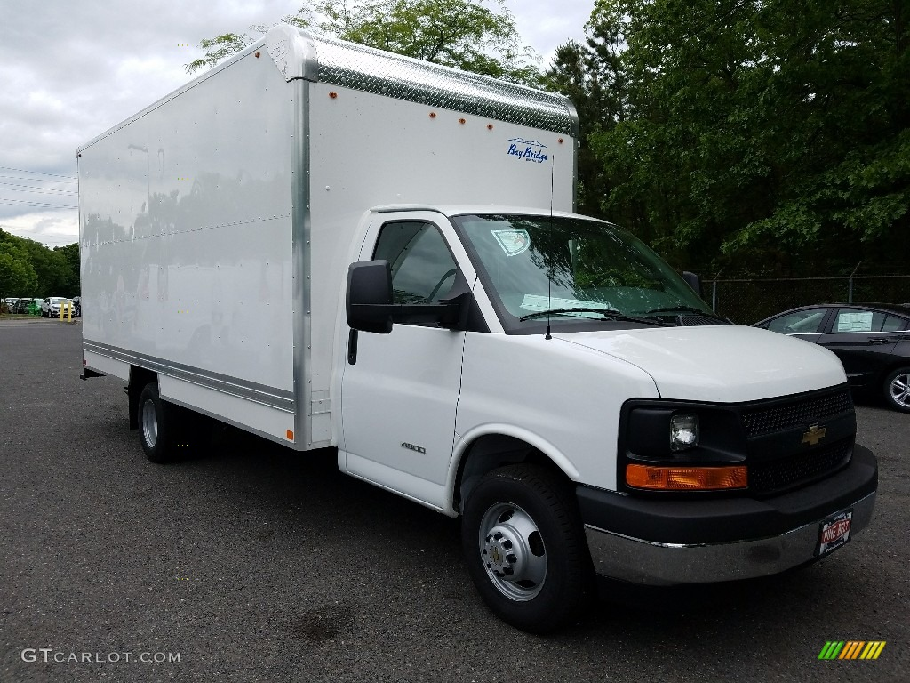 2017 summit white chevrolet express cutaway 4500 moving. Black Bedroom Furniture Sets. Home Design Ideas